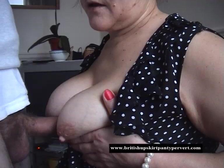 cumshots on fat pussy