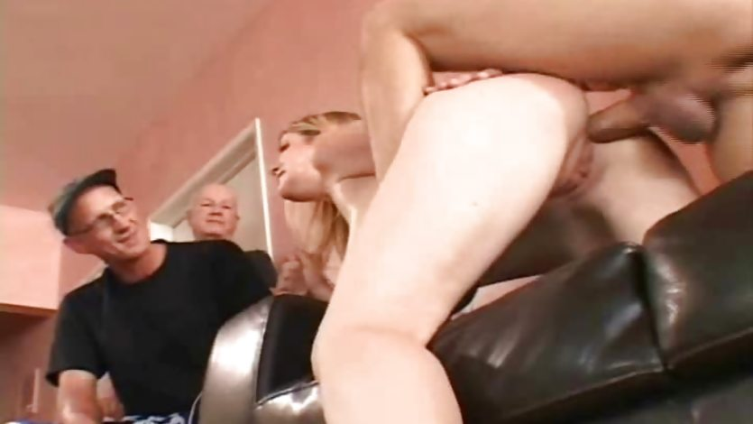 ebony screaming and squirting