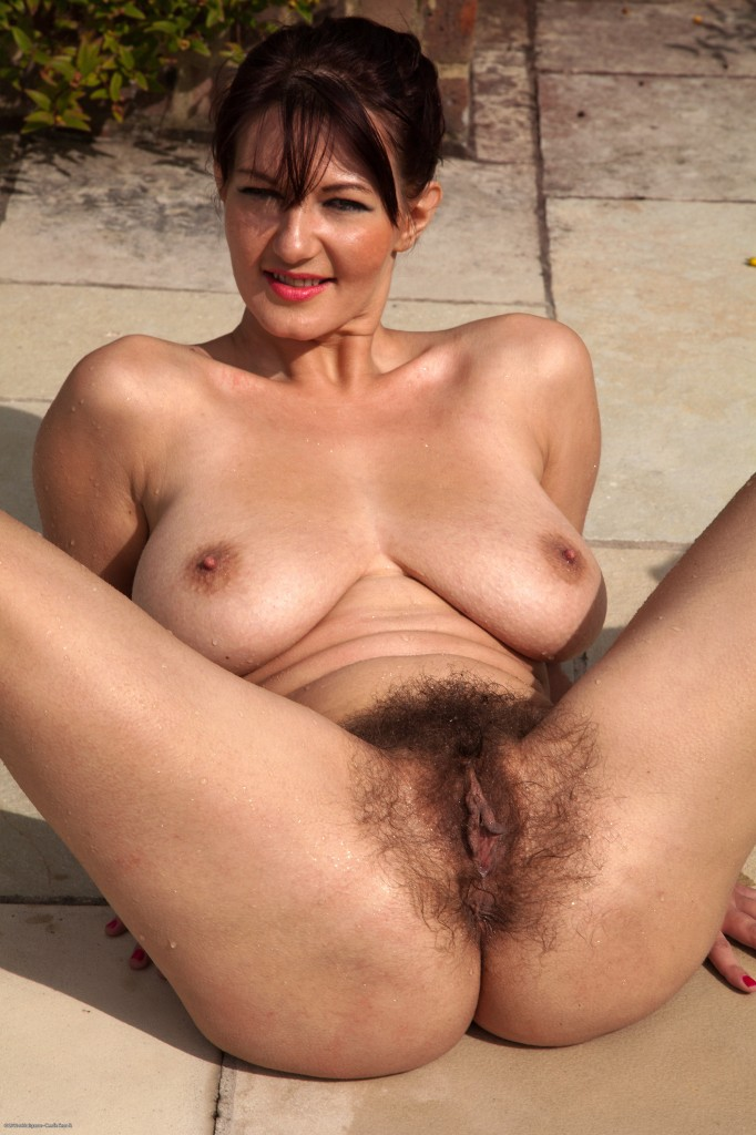 sexy hairy naked chubby redheads