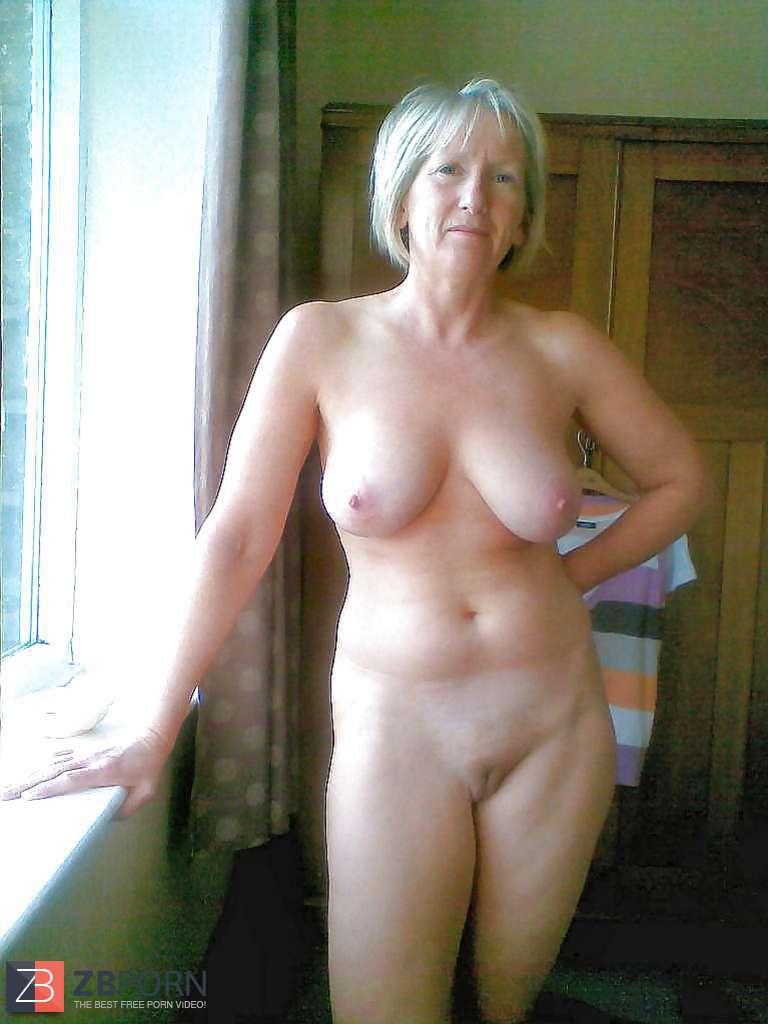 ming na naked boob pics