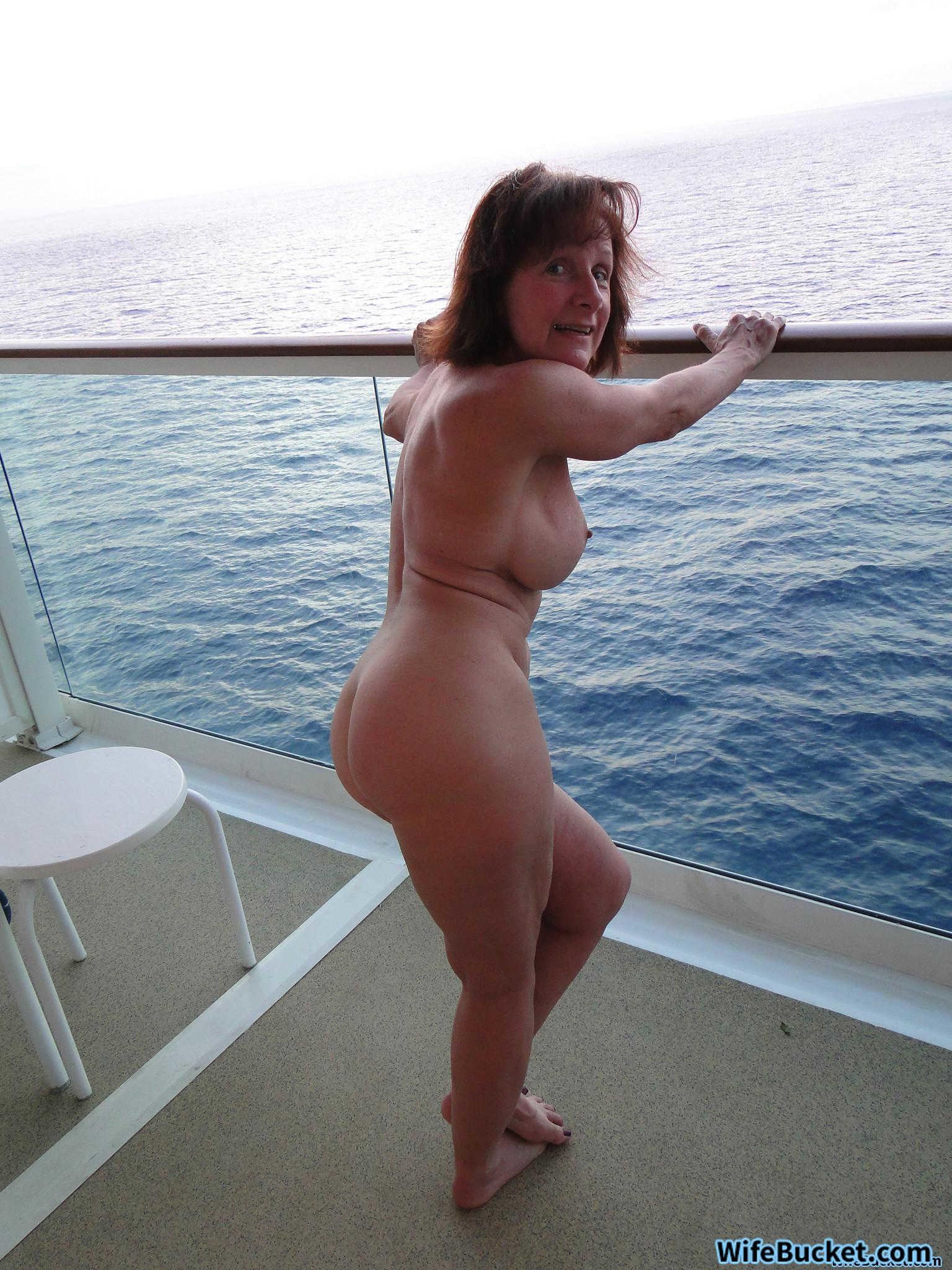 usa xxx naked girls
