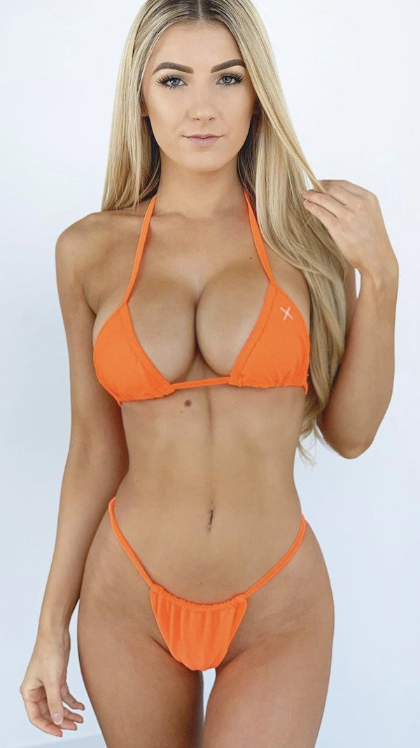 sexy blonde porn star