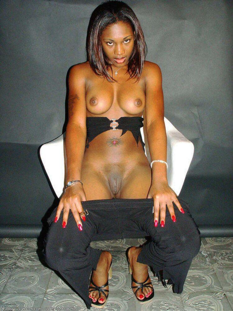 pics of hot naked boobs