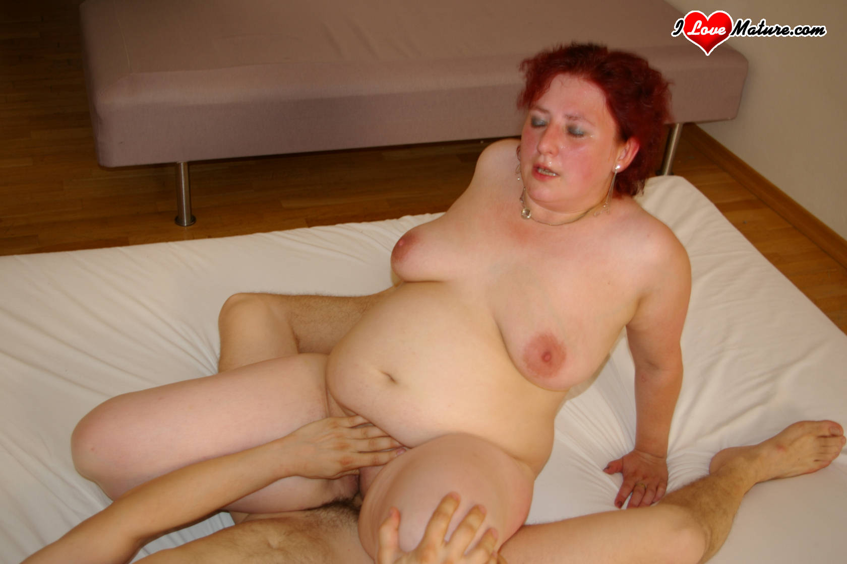 bobbi star threesome after carwash