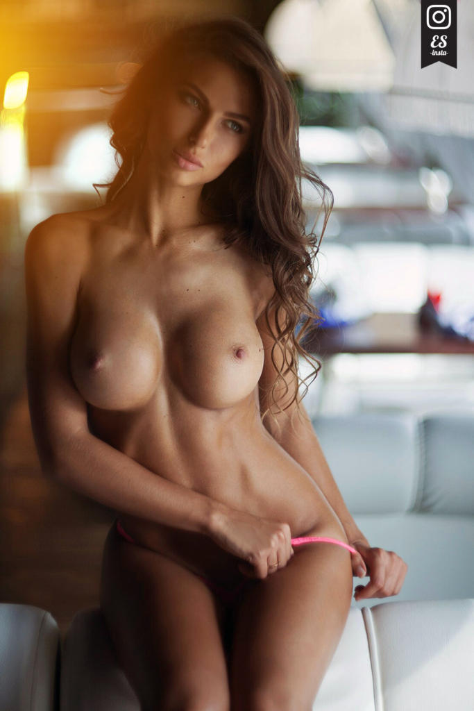 Girl nude fit Beautiful Naked