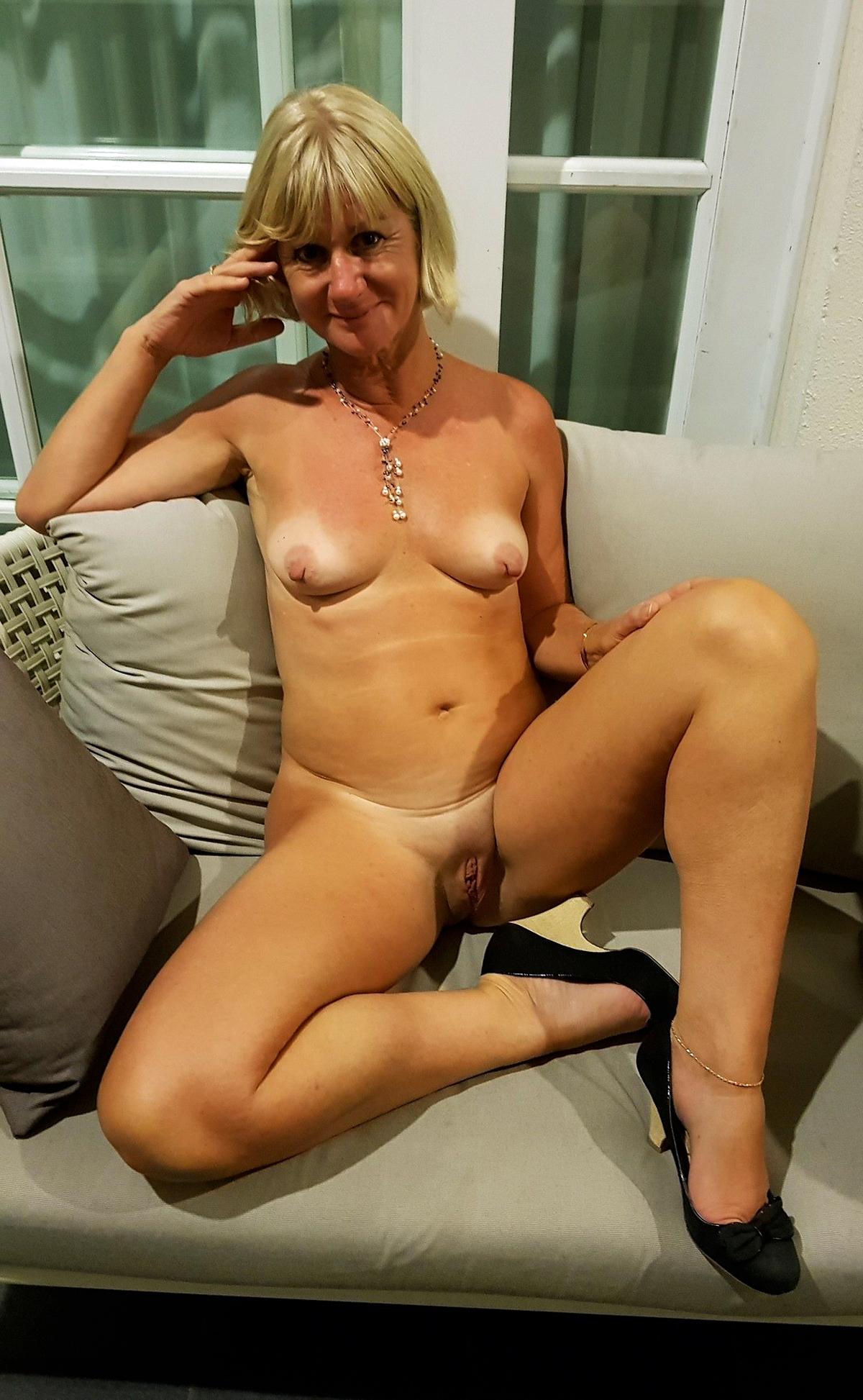 sweet blonde blowjob