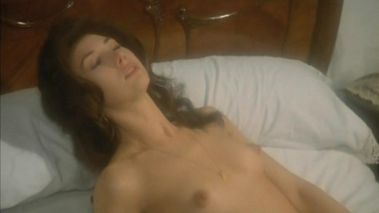 Victoria Vera  nackt